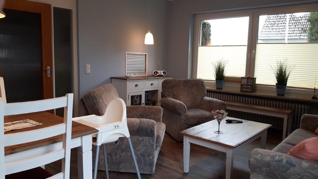 Lerchenweg2 Wohnzimmer (21)